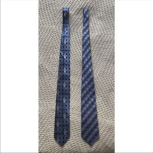 💕4/$20💕 Set of 2 Pierre Cardin / Van Heusen ties
